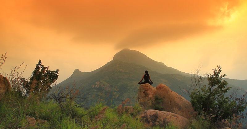 Jean R. Dedieu: Jnani, The Silent Sage of Arunachala